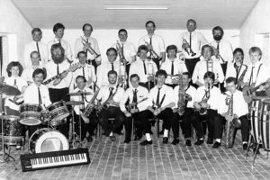 First Best Swing Band
